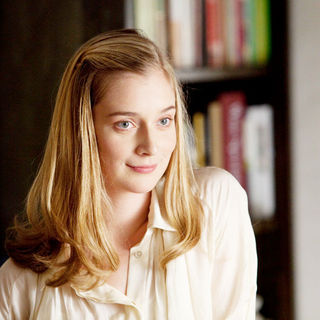 Caitlin Fitzgerald stars as Lauren in Universal Pictures' It's Complicated (2009)