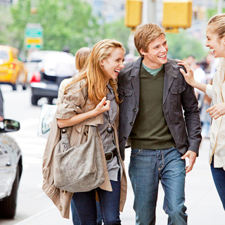 Zoe Kazan, Hunter Parrish and Caitlin Fitzgerald in Universal Pictures' It's Complicated (2009)