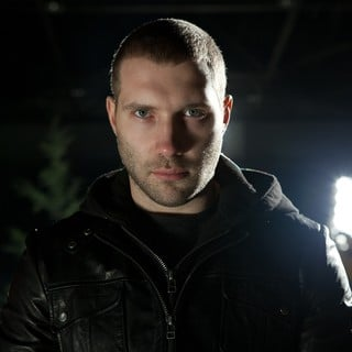 Jai Courtney stars as Charlie in Paramount Pictures' Jack Reacher (2012)