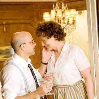Stanley Tucci stars as Paul Child and Meryl Streep stars as Julia Child in Columbia Pictures' Julie & Julia (2009) - julie_julia27