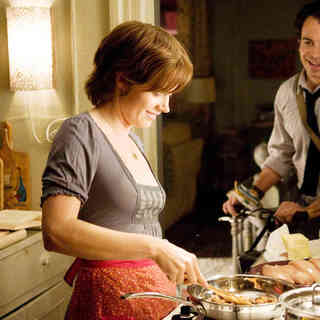 Amy Adams stars as Julie Powell and Chris Messina stars as Eric Powell in Columbia Pictures' Julie & Julia (2009) - julie_julia29