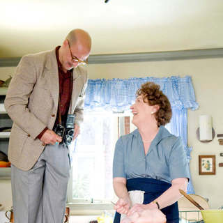 Stanley Tucci stars as Paul Child and Meryl Streep stars as Julia Child in Columbia Pictures' Julie & Julia (2009) - julie_julia38