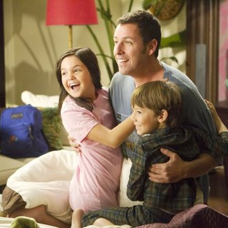 Adam Sandler stars as Danny Maccabee and Bailee Madison stars as Maggie Murphy in Columbia Pictures' Just Go with It (2011) - just_go_with_it07