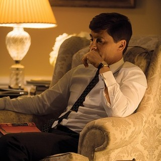 Rob Lowe stars as John F. Kennedy in National Geographic's Killing Kennedy (2013). Photo credit by Kent Eanes. - killing-kennedy07