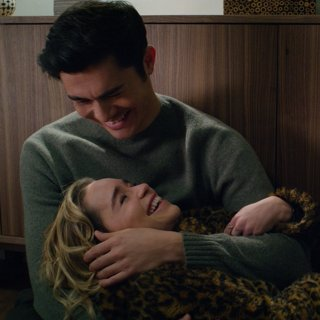Henry Golding stars as Tom and Emilia Clarke stars as Kate in Universal Pictures' Last Christmas (2019)