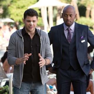 Jerry Ferrara stars as Dean and Romany Malco stars as Lonnie in CBS Films' Last Vegas (2013)