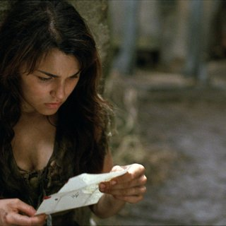Samantha Barks stars as Eponine in Universal Pictures' Les Miserables (2012)
