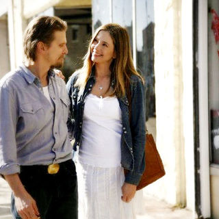 Barry Pepper stars as Rip Porter and Mira Sorvino stars as Wendy Porter in Blue Collar Releasing's Like Dandelion Dust (2010) - like_dandelion_dust05