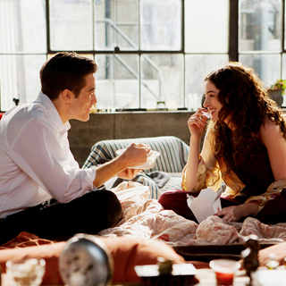 Love and Other Drugs Picture 2