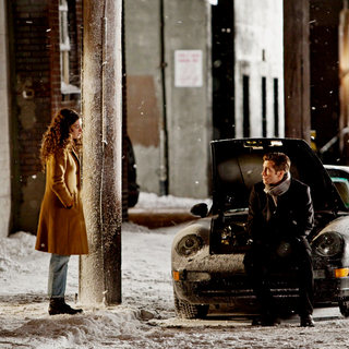 Love and Other Drugs Picture 8