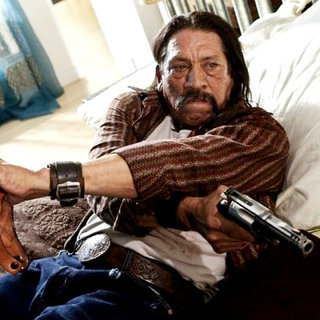 Machete Picture 27