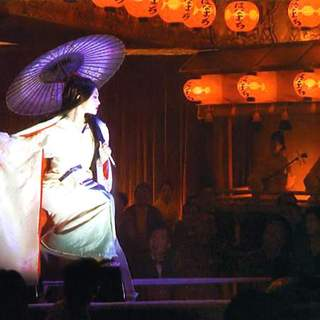 Zhang Ziyi as Sayuri Nitta in Columbia Pictures' Memoirs of a Geisha (2005) - memoirs_of_a_geisha_10
