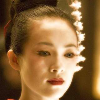 Zhang Ziyi as Sayuri Nitta in Columbia Pictures' Memoirs of a Geisha (2005) - memoirs_of_a_geisha_11