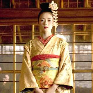 Zhang Ziyi as Sayuri Nitta in Columbia Pictures' Memoirs of a Geisha (2005) - memoirs_of_a_geisha_12