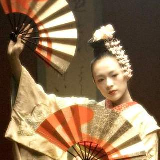Zhang Ziyi as Sayuri Nitta in Columbia Pictures' Memoirs of a Geisha (2005) - memoirs_of_a_geisha_13