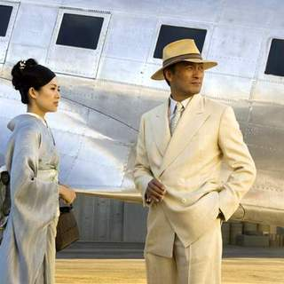 Zhang Ziyi and Ken Watanabe in Columbia Pictures' Memoirs of a Geisha (2005) - memoirs_of_a_geisha_31