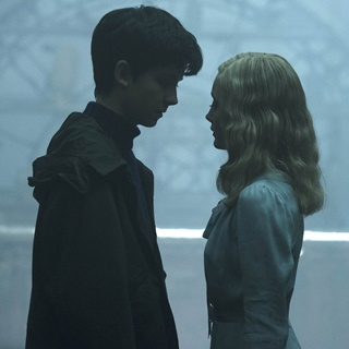 Asa Butterfield stars as Jacob Portman and Ella Purnell stars as Emma Bloom in 20th Century Fox's Miss Peregrine's Home for Peculiar Children (2016) - miss-peregrine-hpc05
