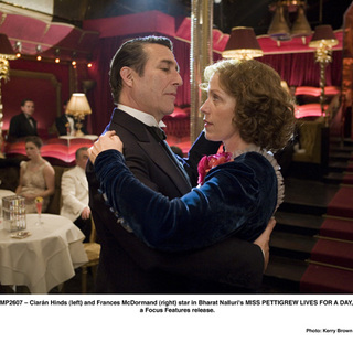 Ciaran Hinds and Frances McDormand in Focus Features' MISS PETTIGREW LIVES FOR A DAY (2008) - miss_pettigrew20