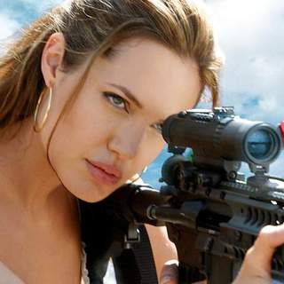 Mr and Mrs Smith Picture 9