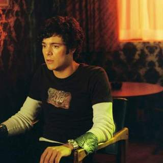 "Adam Brody as Benjamin Danz in ""Mr and Mrs Smith"" (2005) - mr_mrs_smith24"