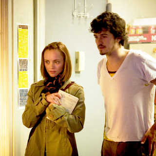 Christina Ricci stars as Camille and Orlando Bloom stars as David in Vivendi Entertainment's New York, I Love You (2009) - new_york_i_love_you04