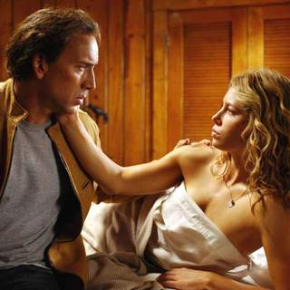 Nicolas Cage as Cris Johnson and Jessica Biel as Liz in Paramount Pictures' Next (2007)