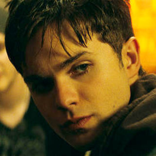 Kyle Gallner stars as Quentin Smith and Thomas Dekker stars as Jesse Braun in Warner Bros. Pictures' A Nightmare on Elm Street (2010)