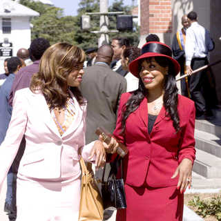 Taraji P. Henson stars as Clarice Clark and Niecy Nash stars as Michelle in Screen Gems' Not Easily Broken (2009). Photo credit by Ron Phillips. - not_easily_broken11