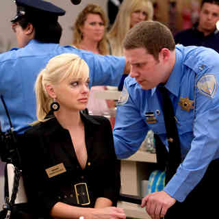 Anna Faris stars as Brandi and Seth Rogen stars as Ronnie Barnhardt in Warner Bros. Pictures' Observe and Report (2009). Photo credit by Peter Sorel.