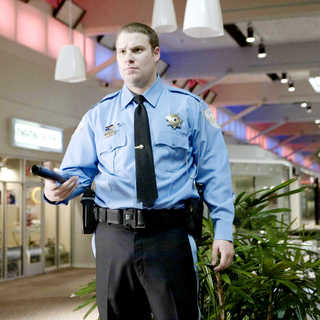 Seth Rogen stars as Ronnie Barnhardt in Warner Bros. Pictures' Observe and Report (2009). Photo credit by Peter Sorel.