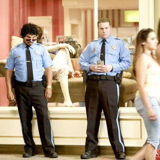 Michael Pena stars as Dennis and Seth Rogen stars as Ronnie Barnhardt in Warner Bros. Pictures' Observe and Report (2009)