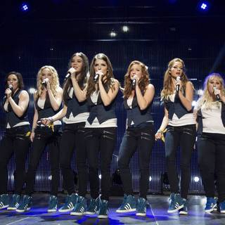 Pitch Perfect 2 - Ester Dean, Hailee Steinfeld, Anna Kendrick, Brittany Snow, Rebel Wilson and Hana Mae Lee in Universal Pictures' Pitch Perfect 2 (2015)