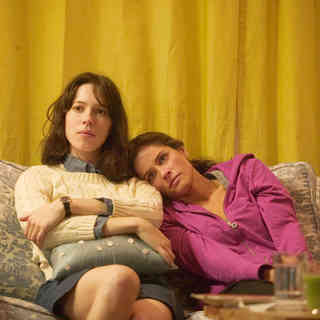 Rebecca Hall stars as Rebecca and Amanda Peet stars as Mary in Sony Pictures Classics' Please Give (2010). Photo credit by Piotr Redlinksi. - please_give06