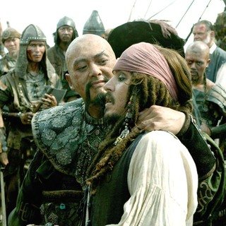 Pirates of the Caribbean: At Worlds End Picture 3