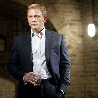 Quantum of Solace - Daniel Craig stars as James Bond in Columbia Pictures' Quantum of Solace (2008)