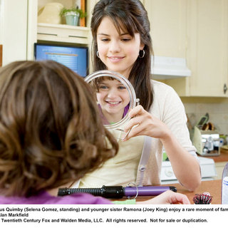 Joey King stars as Ramona Quimby and Selena Gomez stars as Beezus in 20th Century Fox's Ramona and Beezus (2010)
