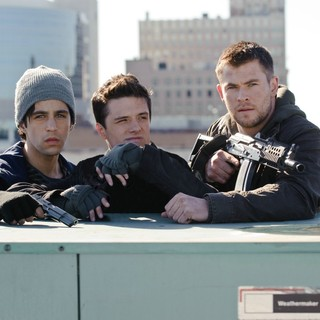 Josh Peck, Josh Hutcherson and Chris Hemsworth in FilmDistrict's Red Dawn (2012)
