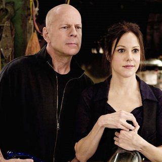 Bruce Willis stars as Frank Moses and Mary-Louise Parker stars as Sarah in Summit Entertainment's Red (2010) - red24