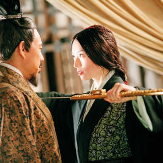 Zhang Fengyi stars as Cao Cao and Lin Chiling stars as Xiao Qiao in Magnolia Pictures' Red Cliff (2009)
