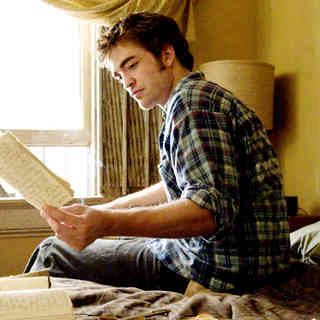 Remember Me Picture 17