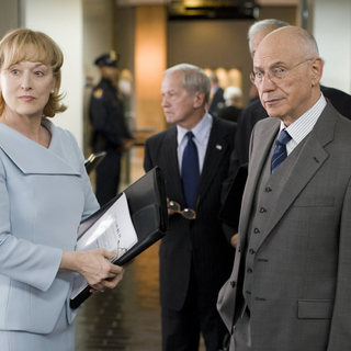 Meryl Streep and Alan Arkin in New Line Cinema's Rendition (2007) - rendition03