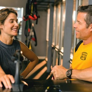Cobie Smulders stars as Kat and Guy Pearce stars as Trevor in Magnolia Pictures' Results (2015) - results01