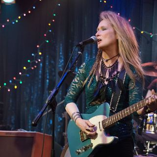 Meryl Streep stars as Ricki in TriStar Pictures' Ricki and the Flash (2015) - ricki-and-the-flash01