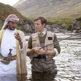 Salmon Fishing in the Yemen Picture 1