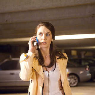 Alison Brie stars as Rebecca in Dimension Films' Scream 4 (2011) - scream4_13