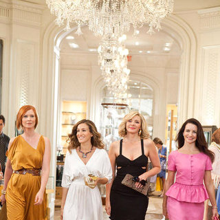 Cynthia Nixon, Sarah Jessica Parker, Kim Cattrall and Kristin Davis in Warner Bros. Pictures' Sex and the City 2 (2010) - sex_and_the_city_2_42