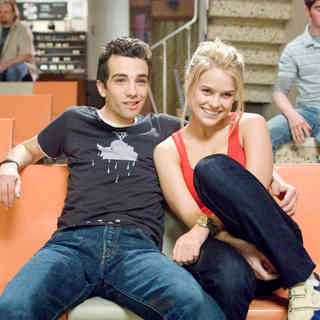 Jay Baruchel stars as Kirk Kettner and Alice Eve stars as Molly in DreamWorks SKG's She's Out of My League (2010). Photo credit by Darren Michaels.