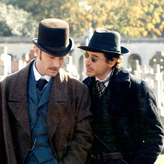 Jude Law stars as Dr. John Watson and Robert Downey Jr. stars as Sherlock Holmes in Warner Bros. Pictures' Sherlock Holmes (2009). Photo credit by Alex Bailey.