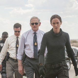 Victor Garber stars as Jennings and Emily Blunt stars as Kate Macer in Lionsgate Films' Sicario (2015)