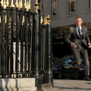 Skyfall Picture 48